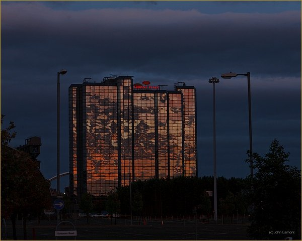 Glasgow Crowne Plaza Hotel as the Sun sets