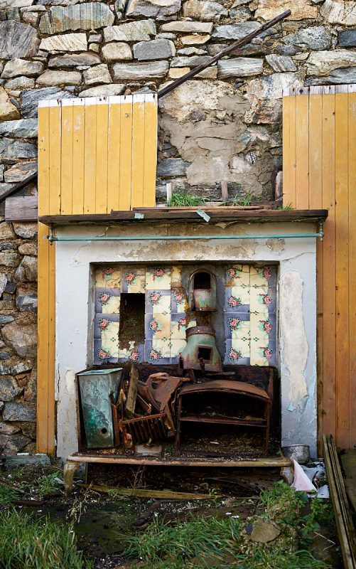 Derelict cottage on Harris