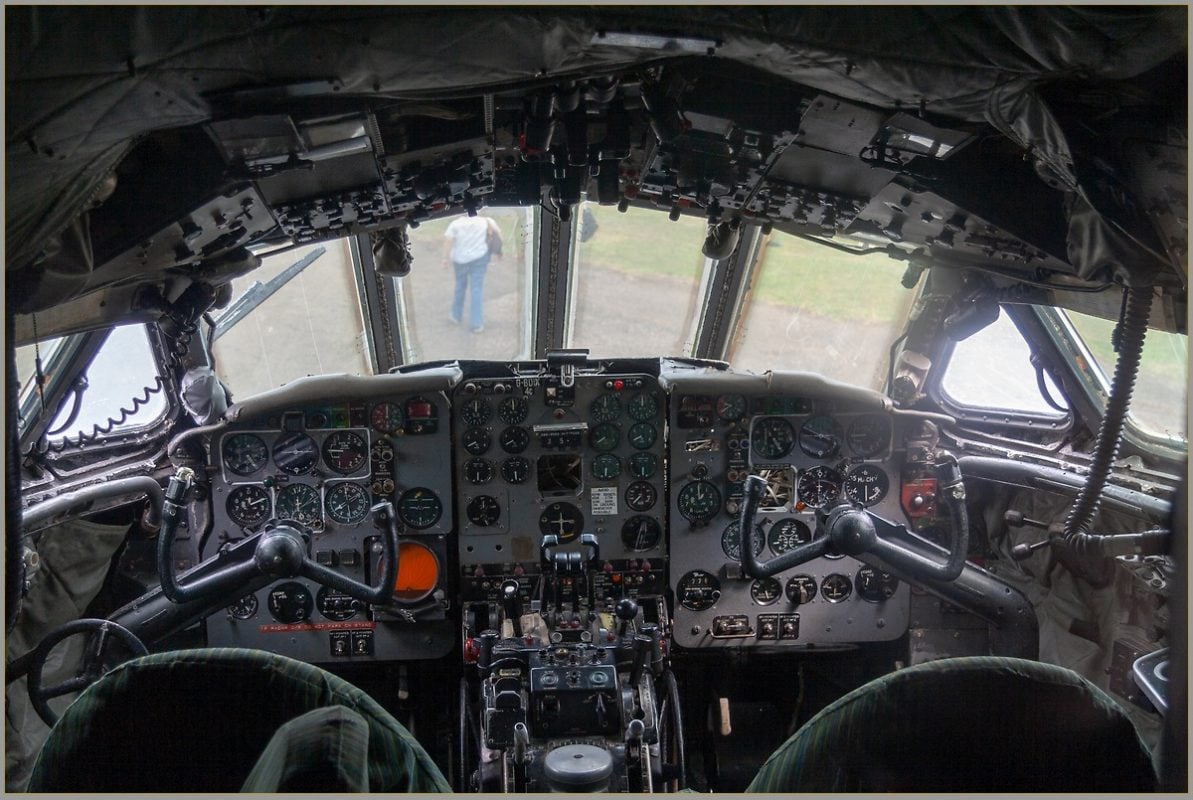 Dan-Dare De Havilland Comet cockpit